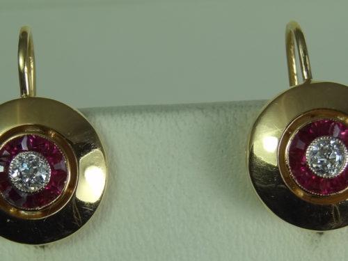 Kolczyki wykonane ze złota