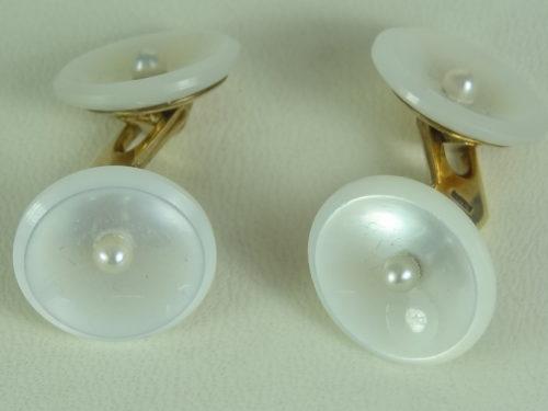 Spinki do mankietów wykonane ze złota