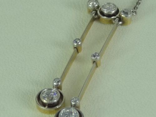 Naszyjnik wykonany ze złota i platyny