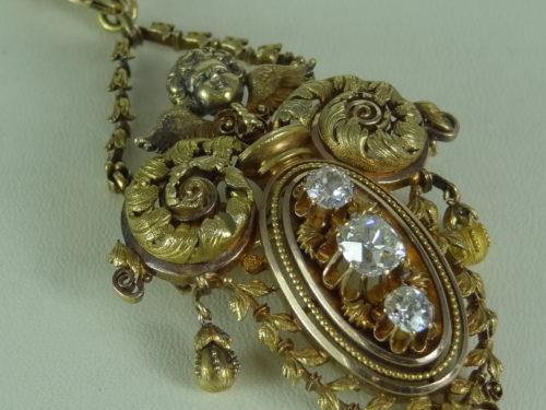 Broszo – wisior wykonany ze złota