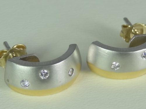 Kolczyki wykonane z platyny i złota